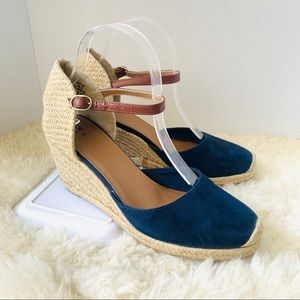 H&M Woven Heeled Wedges Navy Size 8
